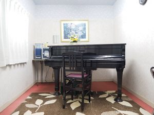 ピアノ教室 レッスン室 P6154930
